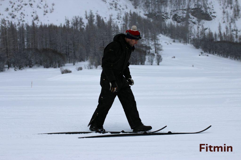 Jirka připravuje lyže