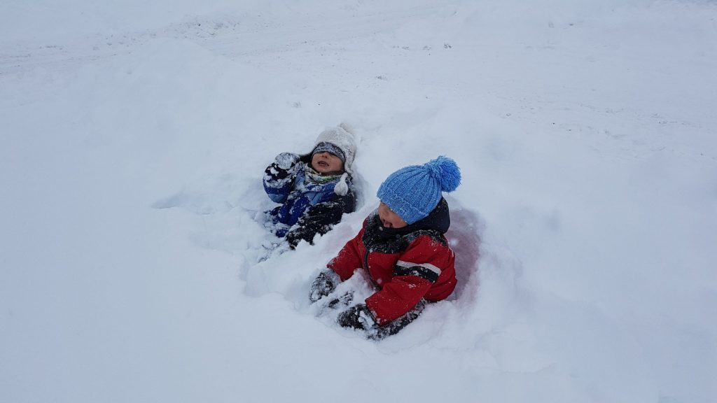 Sněhová nadílka dokáže i potěšit :-)